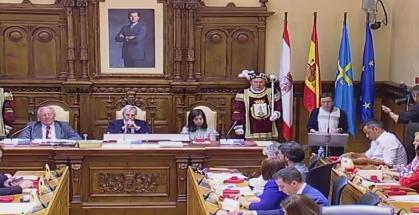 Yolanda González Huergo Plenu de Constitución.png