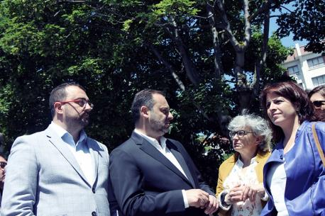 Adrián Barbón, José Luis Ábalos, Ana González y Adriana Lastra Plan de Víes.