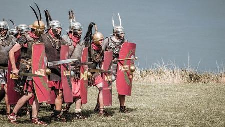 Talleres y xuegos romanos nel estand de Xión de la FIDMA