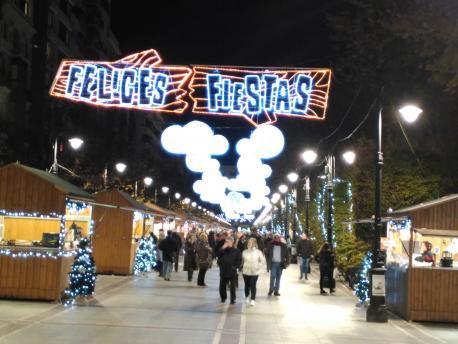 Xixón inagura la illuminación de navidá