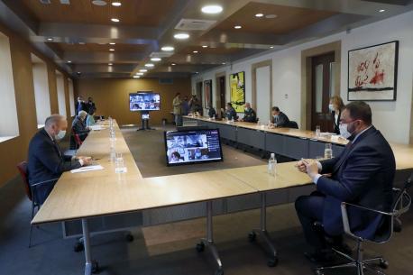 Comité de Crisis de COVID tres estáu d'alarma