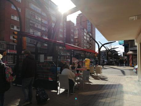Terraza en Xixón con xente