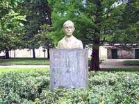 Monumentu a Ventura Álvarez Sala