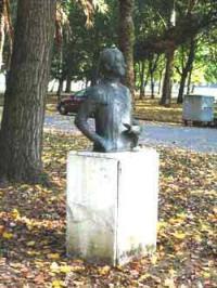 Monumentu Mariano Moré