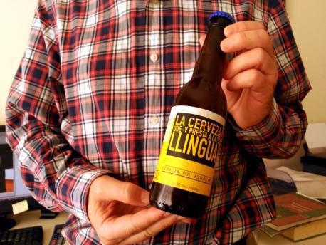 Nueva presentación de 'La cerveza que-y presta a la to llingua'