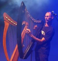 Conciertu del harpista Fred Bougouin