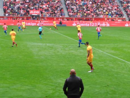 Abelardo dexa'l bancu del Sporting