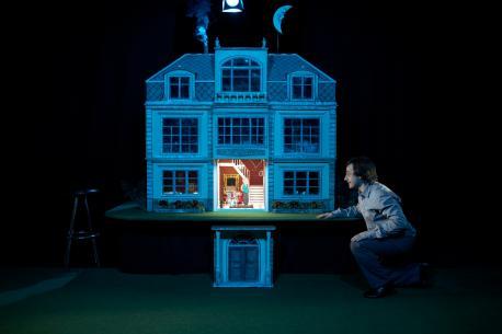 'Una casa', teatru infantil en llingua asturiana nel Colexu Publicu Xovellanos